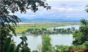 Hồ Lắk thơ mộng giữa đại ngàn Tây Nguyên