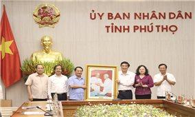 Bộ trưởng, Chủ nhiệm Hầu A Lềnh làm việc với UBND tỉnh Phú Thọ về Chương trình MTQG phát triển kinh tế-xã hội vùng dân tộc thiểu số và miền núi