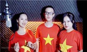 Á hậu Trang Viên cùng dàn nghệ sĩ hòa giọng cổ vũ đội tuyển Việt Nam chiến thắng