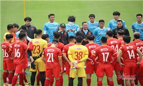 Chốt danh sách cầu thủ đội tuyển Việt Nam trước trận đấu gặp ĐT Trung Quốc