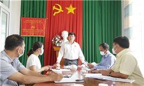 Đắk Lắk: Khảo sát việc tuyên truyền phòng, chống dịch bệnh bằng tiếng dân tộc