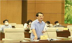 Bộ trưởng, Chủ nhiệm Hầu A Lềnh báo cáo nhiều nội dung quan trọng tại Phiên họp của Hội đồng Dân tộc