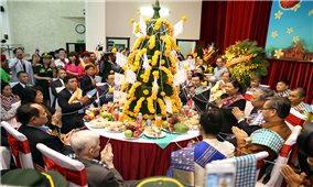 Đại sứ quán Lào tổ chức đón Tết cổ truyền Bunpimay tại Hà Nội