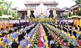 Tăng, ni, phật tử tại Huế mừng Đại lễ Phật đản