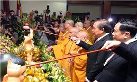 Phó Thủ tướng Thường trực Chính phủ dự Lễ Phật đản tại chùa Quán Sứ