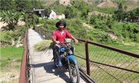 Mất an toàn trên những cây cầu treo