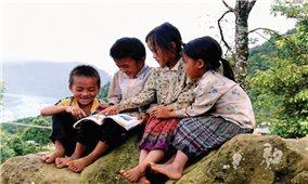 Hơn bốn nghìn trẻ em dân tộc thiểu số được làm quen với đọc viết và toán