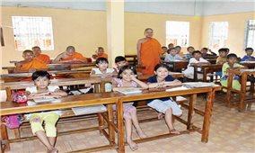 Nhiều mô hình dạy tiếng dân tộc đang được nhân rộng