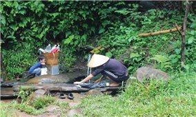 """Chuyện về bến nước của đồng bào Tây Nguyên Bài 1: Những bến nước còn """"sống"""""""