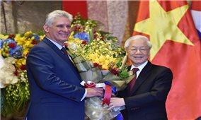 Tổng Bí thư, Chủ tịch nước Nguyễn Phú Trọng hội đàm với Chủ tịch Cuba