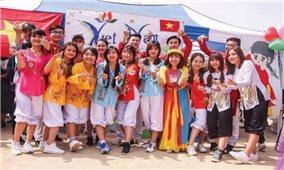 Du học sinh Việt Nam: Những đại sứ văn hóa thầm lặng