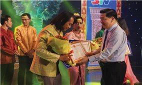 Ủy ban Dân tộc: Tặng nhiều bằng khen tại Liên hoan ca, múa, nhạc Khmer