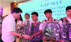 Ủy ban Dân tộc: Gặp mặt Đoàn học sinh các trường Phổ thông DTNT- THCS tỉnh Lâm Đồng