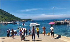 Nhiều xã đảo khát nước ngọt vì nắng nóng kéo dài