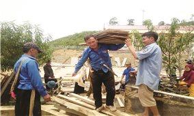 Chàng trai người Mông và giấc mơ cải thiện môi trường sống cho đồng bào