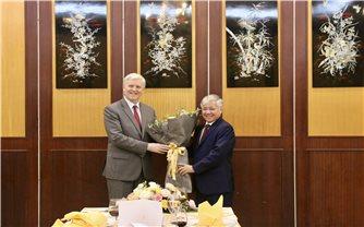 Bộ trưởng, Chủ nhiệm Đỗ Văn Chiến tiếp ông Eric Sidgwick, Giám đốc ADB tại Việt Nam