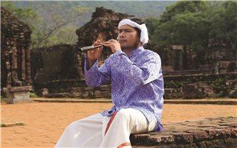 Tiếng kèn saranai ở Mỹ Sơn