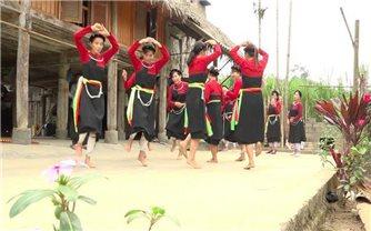 Một số điệu múa của người Cao Lan ở Tuyên Quang