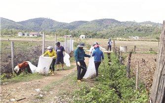 Hố thu gom rác thải thuốc bảo vệ thực vật: Việc làm nhỏ, hiệu quả lớn