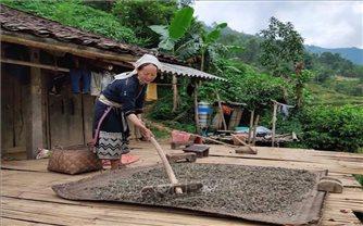 Xóm Hoài Khao – nơi bảo tồn môi trường sinh thái, văn hóa cổ truyền của người Dao Tiền ở Cao Bằng