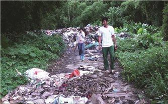 Người dân thôn Nê Cắm (ThanhHóa): Khốn khổ vì sống chung với rác thải