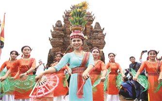 Đồng bào Chăm Ninh Thuận: Vui đón Lễ hội Katê