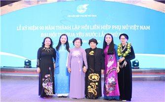 Thứ trưởng, Phó Chủ nhiệm Hoàng Thị Hạnh dự Lễ kỷ niệm 90 năm thành lập Hội LHPN Việt Nam