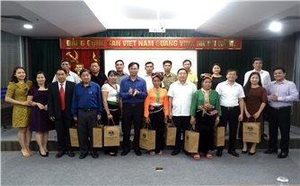 Ủy ban Dân tộc: Gặp mặt đoàn Đại biểu Người có uy tín trong đồng bào DTTS tỉnh Sơn La