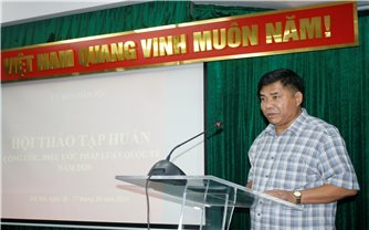 Nâng cao nhận thức về nhân quyền cho cán bộ làm công tác dân tộc