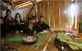 Lễ hội Pang Phóong ở Điện Biên