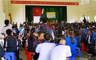 Kiểm soát mất cân bằng giới tính ở Quảng Ninh: Tập trung thay đổi nhận thức cho người dân