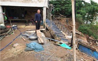 """Tuyên Hóa (Quảng Bình): Nỗi lo mang tên """"sạt lở"""" bờ Sông Gianh trước mùa mưa bão"""