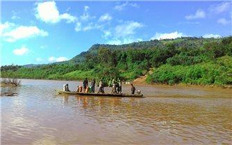 Tản mạn bên dòng sông Sê Pôn