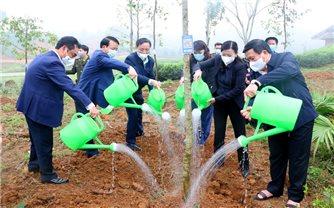 Đồng chí Nguyễn Xuân Thắng phát động Tết trồng cây tại Thái Nguyên