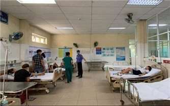 Đà Nẵng: Hơn 30 học sinh nhập viện, nghi ngộ độc do chơi đất nặn