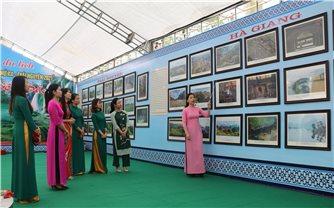 """Triển lãm ảnh """"Du lịch văn hóa, lịch sử và sinh thái vùng Việt Bắc"""""""