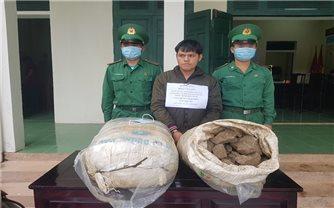 Bắt đối tượng vận chuyển 100kg thuốc bom