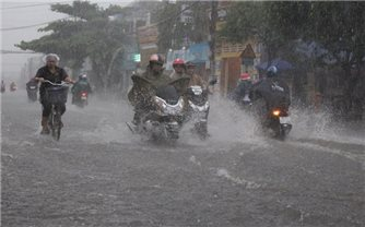 Bão số 2 gây mưa to ở Bắc Bộ và Bắc Trung Bộ