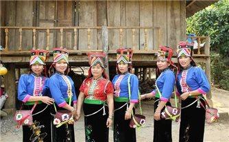 Cuộc sống mới của đồng bào dân tộc La Ha ở Sơn La
