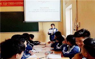 Giáo dục những hành vi lệch chuẩn của học sinh khi sử dụng mạng xã hội
