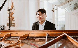 Nghệ sĩ trẻ Nguyễn Việt Trung vào chung kết Cuộc thi piano quốc tế