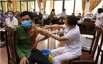 Hà Nội: Ưu tiên tiêm vắc xin Covid-19 cho đồng bào DTTS