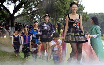 Thiết kế Việt tìm về truyền thống
