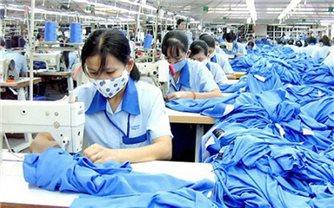 Việt Nam trở thành nhà xuất khẩu hàng may mặc lớn thứ 2 thế giới