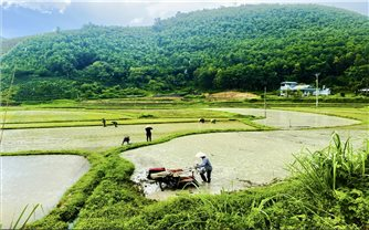 Giảm nghèo bền vững vùng DTTS và miền núi: Mô hình điểm và đầu tư có trọng điểm- Giải pháp quan trọng trong giai đoạn mới (Bài 2)