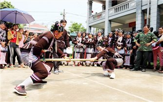 Bảo tồn văn hóa gắn với phát triển du lịch ở Lai Châu: Đánh thức giá trị văn hóa truyền thống (Bài 1)