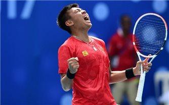 Lý Hoàng Nam giúp quần vợt Việt Nam toàn thắng ở vòng loại Davis Cup 2021