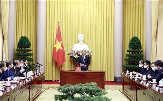 Chủ tịch nước Nguyễn Xuân Phúc trao Quyết định bổ nhiệm các Đại sứ