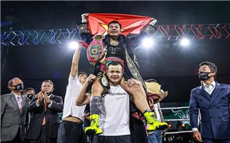 Võ sĩ Nguyễn Thị Thu Nhi giành đai vô địch WBO thế giới