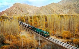 Cảnh sắc thơ mộng của tuyến đường sắt xuyên Iran